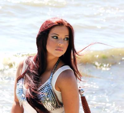 Celtic Symphonic Rocker Leah McHenry